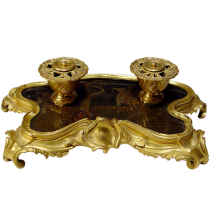 Fine French Louis XVI gilt bronze inkstand