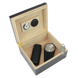 25-50 Cigar Black Humidor Gift Set
