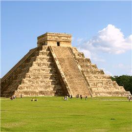 Latin-America, Maya pyramid