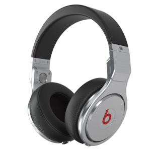Monster-Beats-By-Dr.-Dre-pro-Headphones_01