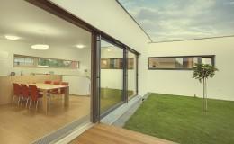 Beautiful new peaceful, modern home