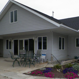 Gorgeous 4 bedroom mini-farm for sale in Coldwater