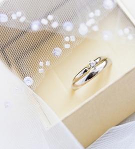14K Two Tone Gold Designer Diamond Wedding Ring Set
