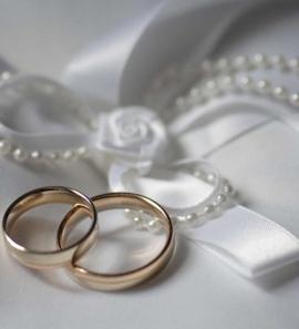 14K Yellow Gold Elegant Wedding Ring Set