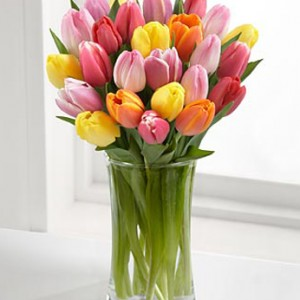 rush_of_color_assorted_tulip_bouquet_2