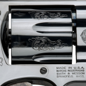 smith_and_wesson_custom_engraving_model_29_3
