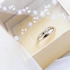 14k_two_tone_gold_designer_diamond_wedding_ring_set_1