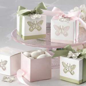 butterflies_laser-cut_favor_box_1