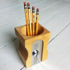 SUCK-UK-Pencil-Sharpener-Desk-Tidy---Natural_5